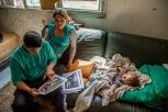 Florantina et son frère Stellian sont deux des huit enfants de Mariana et Stellian. Ils vivent dans un squat de 20 personnes, aujourd'hui détruit, dans un quartier du Havre.